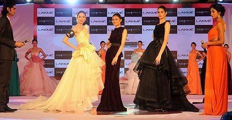 Indian Fashion - Model Ninja Singh - Lakme Fashion Week