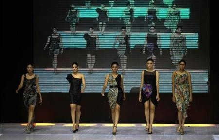 Manoviraj Khosla at Colombo Fashion Week