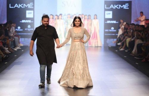 Sonam and Paras Modi-Sonam and Paras Modi at Lakme Fashion Week AW16 - Look 1