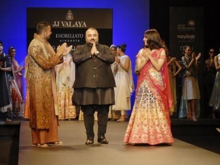 Indian Fashion Designers - JJ Valaya to close WIFW