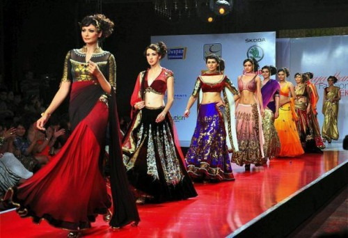 Indian Fashion - Indian Fashion Designer Kavita Bhartia - Eastern Europe