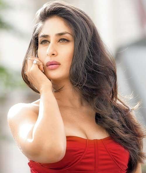 Kareena Kapoor to Model Indian Fashion at LFW for Designer Rajesh Pratap Singh