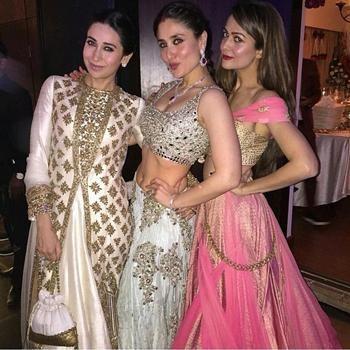 Kareena Kapoor at Soha Ali Khan's Wedding Looked Like a Princess | Kareena Kapoor, Karishma Kapoor and Amrita Arora during the wedding