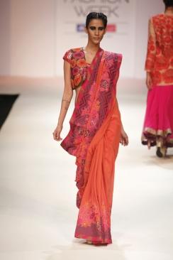 Krishna Mehta' collection at  LFW '12