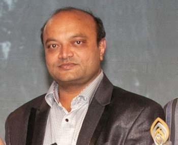 Mahesh Savani financing more than 100 mass weddings| Diamond Trader Mahesh Savani