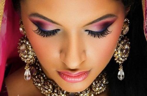 Make- Up Tips for Indian Bridal Wear | Pink Smokey-eyed Make Up