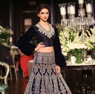Manish Malhotra favoured ethnic Indian wear