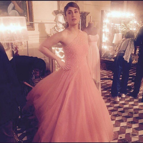 Kareena Kapoor Khan in a Beautiful Evening Gown by Manish Malhotra