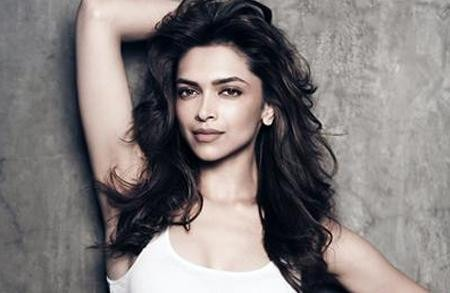 Our Favourite Looks from Bollywood Ladies - Deepika Padukone