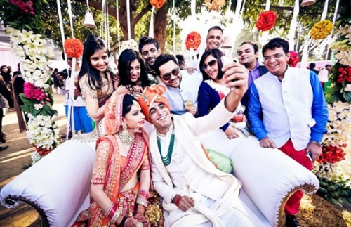 Product Watch: The Trend of Selfie Sticks at Weddings