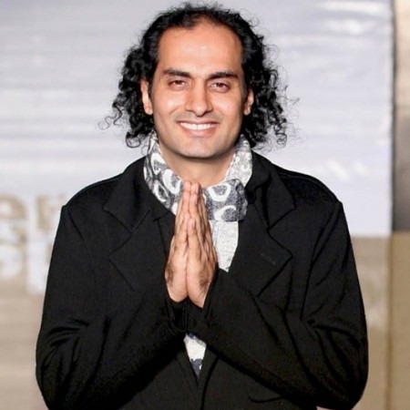 Canada: A New Shopping Destination For Indian fashion designer Satya Paul Store
