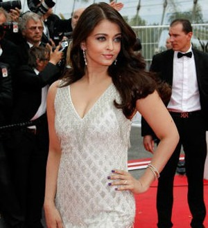 The First glimpse of Aishwarya Rai Bachchan at Cannes 2014