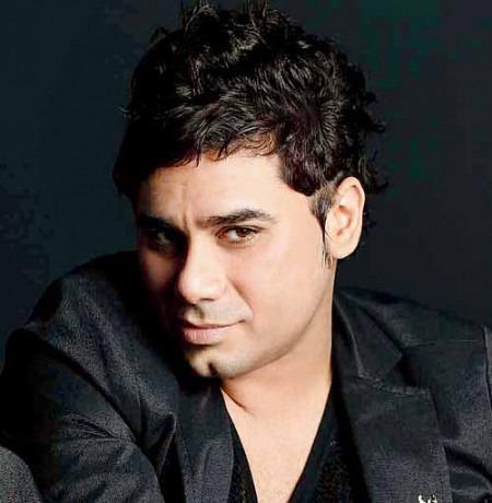 Designer Rajat Tangri Creating Different Look for Priyanka Chopra in Mary Kom