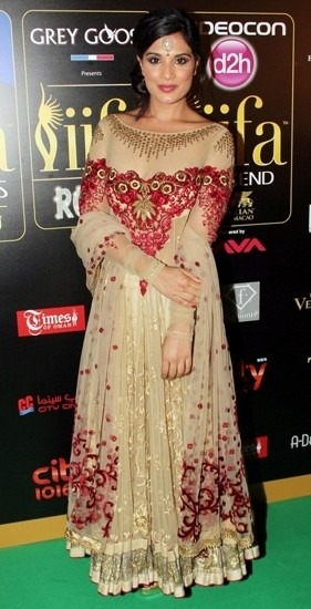 Bollywood Actress Richa Chadda in Anarkali by Indian Designer Tarun Tahiliani