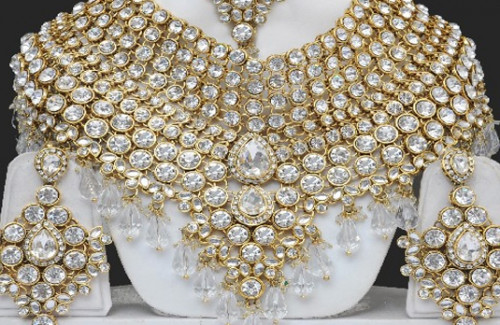 RISING DEMAND FOR ARTIFICIAL JEWELLERY IN INDIA
