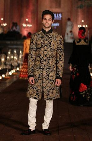 Current Trends for the Modern Indian Groom | Gold Printed Sherwani for Men