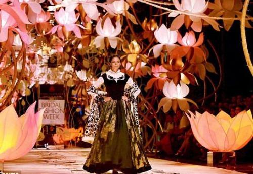 Rohit Bal the Designer of all Trades | Rohit Ball Bridal Fashion Week Runway Show Set Design