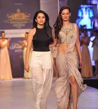 Sonaakshi Raaj Opens her Flagship Store in Mumbai | Sonaakshi Raaj at her Runway Show