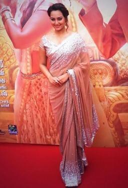 Sonakshi Sinha Wearing a Beautiful Saree by Indian Fashion Designer Manish Malhotra