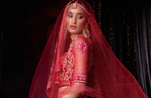 Bride in Red Wedding Lehenga | Which Type of Indian Bride Are You?