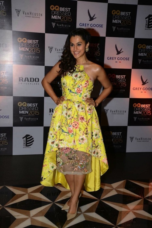 Taapsee Pannu Looks Lovely in a Kashmiraa Ensemble-Taapsee Pannu