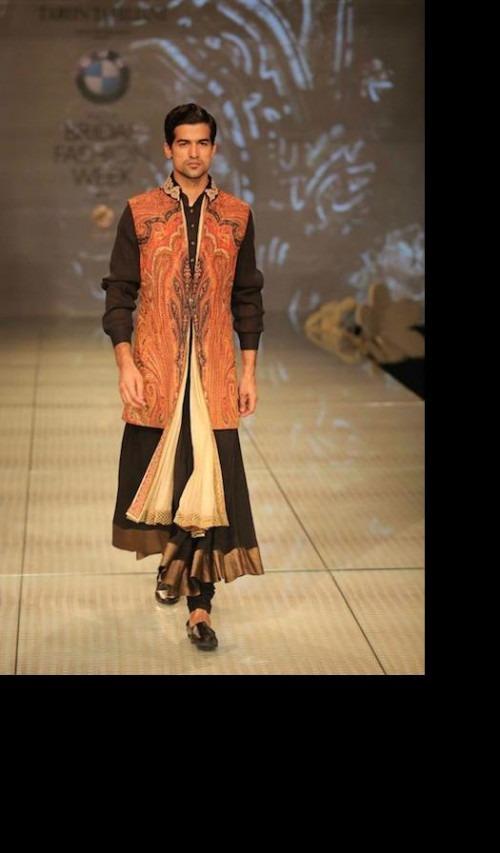 Tarun Tahiliani - Clothes Have to be the Stars