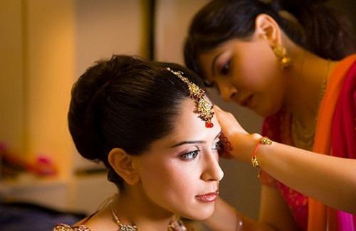 Stunning Indian Wedding Hairstyles We Love