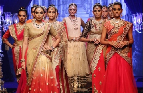 Top Bridal Trends from 2014 Fashion Weeks | Top Pick Bridal Trends