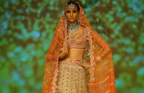Trend Alert: Indian Bridal Wear Colours in Vogue this Season