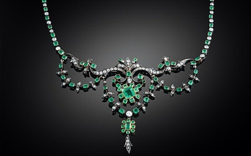 The Influence of The Maharajah's Vibrant Riches on Cartier's Jewellery