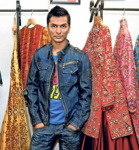 Indian Designers Vikram Phadnis Fashion Event Araaish Event 2013 Dubai