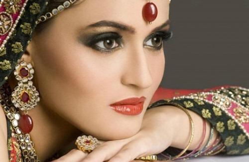 Top Bridal Beauty Trends of 2015 | Indian Bridal Jewellery Runway