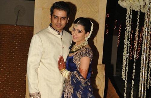 Wedding Style: Bollywood Sparkles at Riddhi Malhotra's Wedding