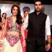 Designer of clothes from India - Amit Talwar