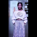 Surendri-Surendri by Yogesh Chaudhary at Lakme Fashion Week - AW16 - Look 8