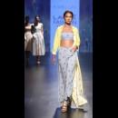 Nishka Lulla-NISHKA LULLA AT LAKME FASHION WEEK - AW16 - LOOK 11