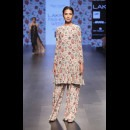 Payal Singhal-PAYAL SINGHAL AT LAKME FASHION WEEK - AW16 - LOOK 13