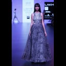 Surendri-Surendri by Yogesh Chaudhary at Lakme Fashion Week - AW16 - Look 3