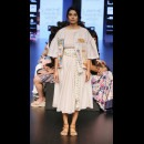 Aarti Vijay Gupta at Lakme Fashion Week AW16 - Look 2