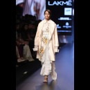 Aarti Vijay Gupta at Lakme Fashion Week AW16 - Look 4