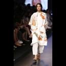 Aarti Vijay Gupta at Lakme Fashion Week AW16 - Look 9