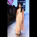 Armaan Aiman by Aiman Agha and Armaan Randhawa at Lakme Fashion Week AW16 - Look 10