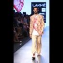 Armaan Aiman by Aiman Agha and Armaan Randhawa at Lakme Fashion Week AW16 - Look 11