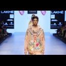 Armaan Aiman by Aiman Agha and Armaan Randhawa at Lakme Fashion Week AW16 - Look 17