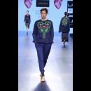 Armaan Aiman by Aiman Agha and Armaan Randhawa at Lakme Fashion Week AW16 - Look 3