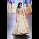 Anushree Reddy at Lakme Fashion Week AW16 - Look 15