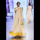 Anushree Reddy at Lakme Fashion Week AW16 - Look 20
