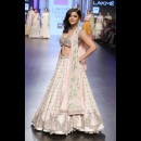Anushree Reddy at Lakme Fashion Week AW16 - Look 26