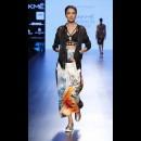 Farah Sanjana at Lakme Fashion Week AW16 - Look 13