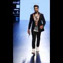 Farah Sanjana at Lakme Fashion Week AW16 - Look 16